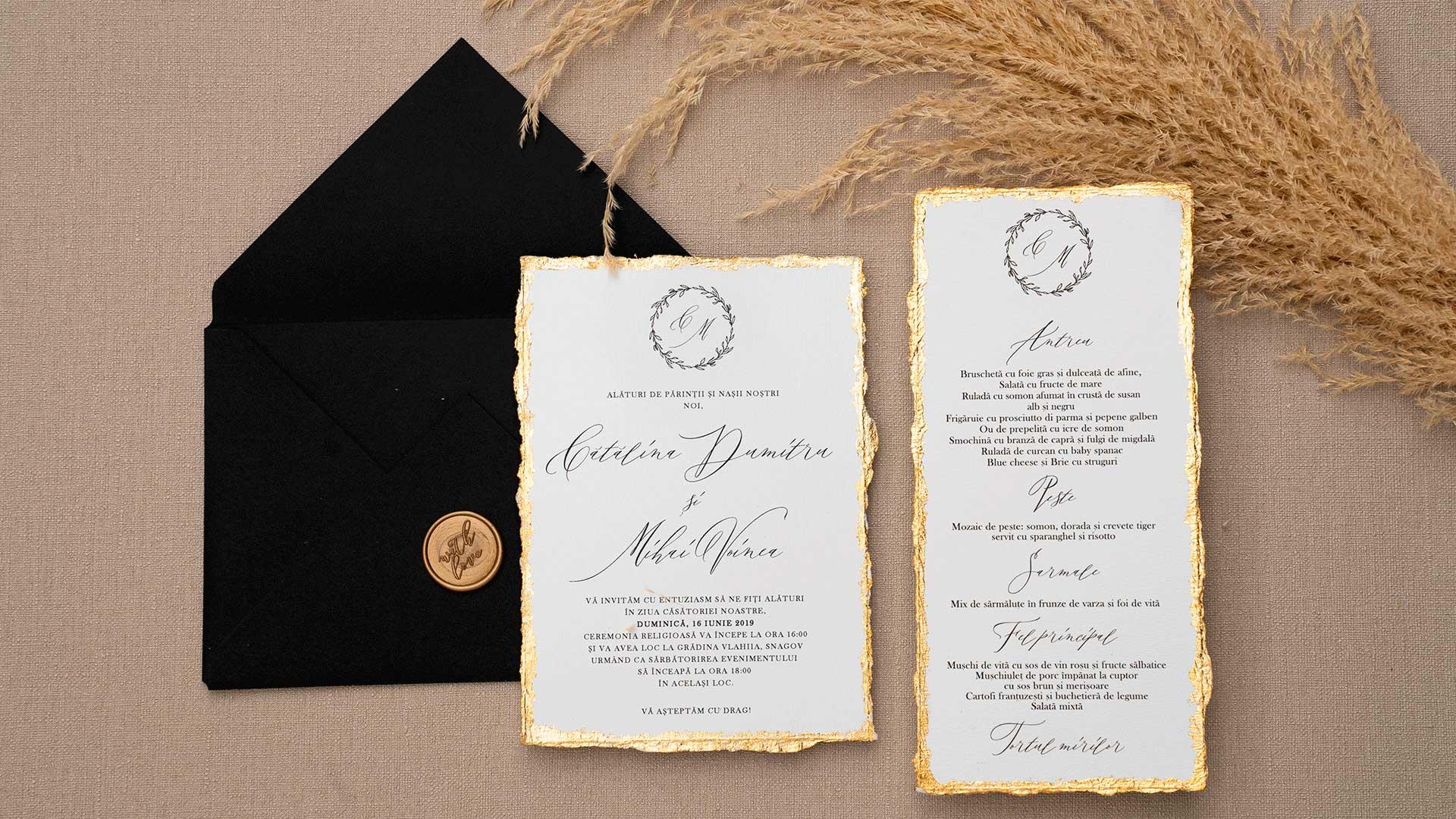 invitatie de nunta cu foita aurie pe margine